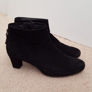 Paul Green handmade leather bootie size 6.5